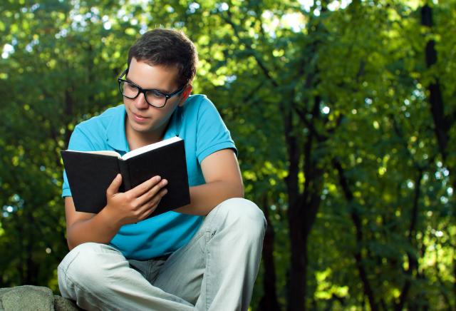 5 livros que todo todo corretor de imóveis deveria ler