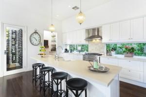 Conheça 5 ideias de reforma para cozinhas pequenas